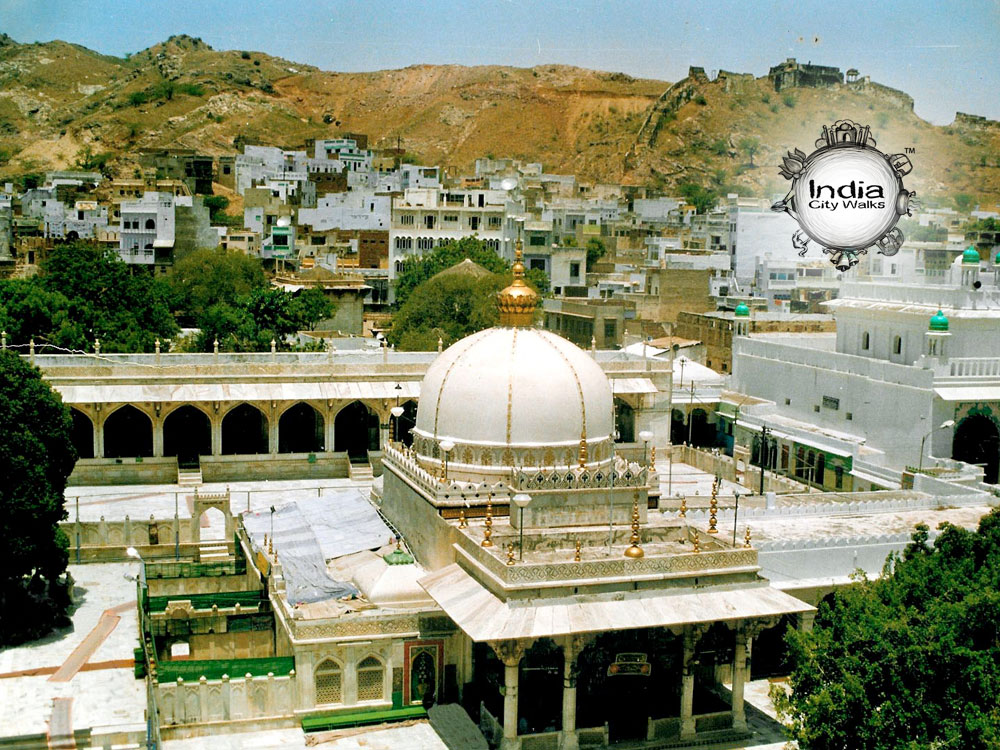 Dargah-Sharif-Outside