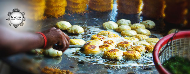 India city walks delights of awadh for Awadhi cuisine book